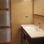 Baño equipado vivienda Coso 41 de Barbastro